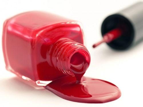 Nước sơn móng tay làm tăng nguy cơ bệnh tiểu đường - Ảnh: Shutterstock