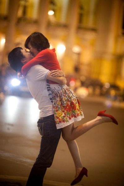 """Thay vì đi chơi như """"thông lệ"""", Valentine năm nay, Hùng sẽ ở nhà canh bà xã sắp """"vỡ chum"""""""