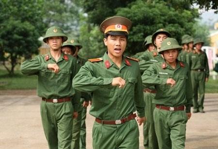 Có cần thiết điều động tất cả thanh niên vào quân đội?