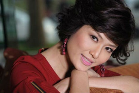 Hoa hậu Thu Thủy Tổng giám đốc công ty Thiên Thủy:   Quyền lực, ai chẳng thích!