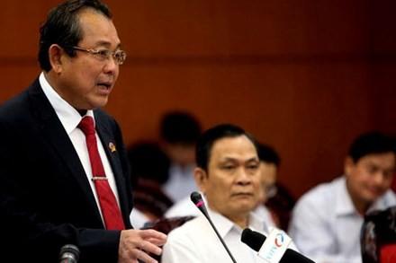 Chánh án TAND Tối cao Trương Hòa Bình tại phiên họp của Ủy ban Thường vụ Quốc hội sáng 22.3. Ảnh: Báo Tuổi Trẻ