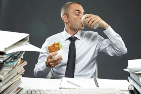 Nghiện việc là căn bệnh phần lớn doanh nhân gặp phải.