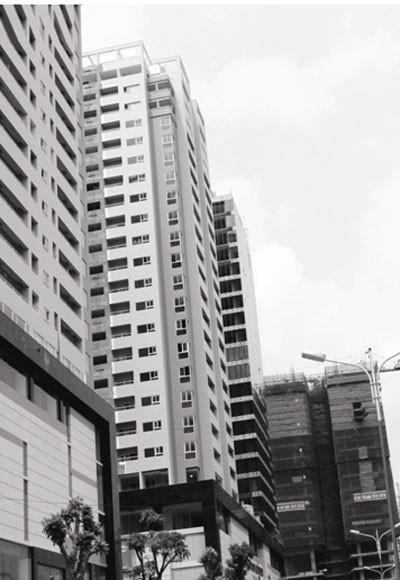So với các nước trong khu vực, Việt Nam vẫn còn tụt hậu trong áp dụng các giải pháp tiết kiệm năng lượng tại tòa nhà cao tầng - Ảnh: Anh Vũ