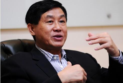 Tràng Tiền Plaza nổi như cồn bởi chính tên tuổi và cả những câu chuyện đằng sau của ông trùm hàng hiệu, ông Johnathan Hạnh Nguyễn