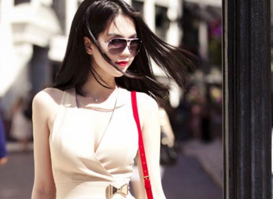 Mức cát-xê của Ngọc Trinh luôn cao gấp 3 lần người mẫu nổi tiếng khác.