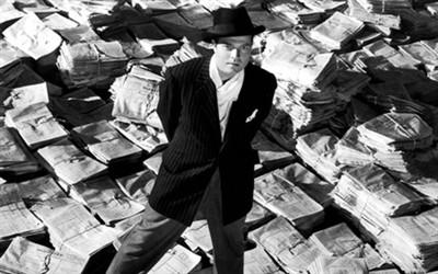 Nhân vật Charles Foster Kane (do đạo diễn Orson Welles thủ vai).