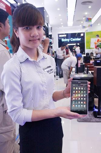 Sony Xperia Z Ultra - một trong những smartphone đang gây được sự chú ý tại thị trường trong nước.