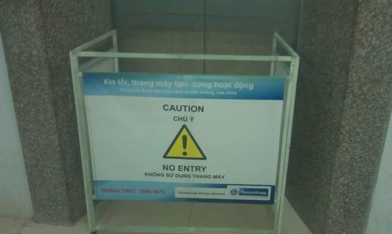 <em>Thang máy thường xuyên bị hư hỏng</em>