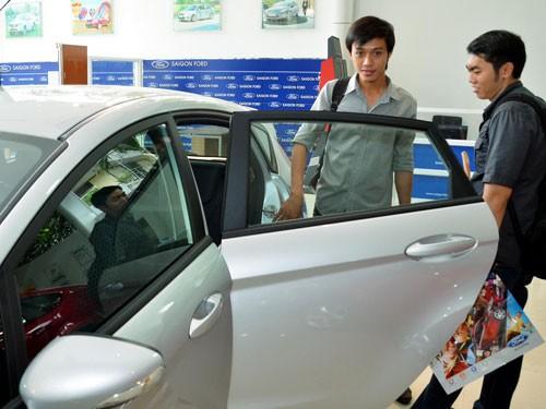 Giá ô tô sẽ giảm mạnh - Ảnh 1
