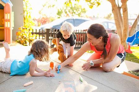 Vui chơi giúp trẻ tăng thêm hiểu biết