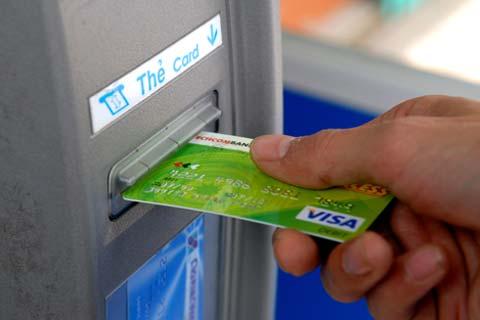Tăng lượng giao dịch bằng thẻ ATM