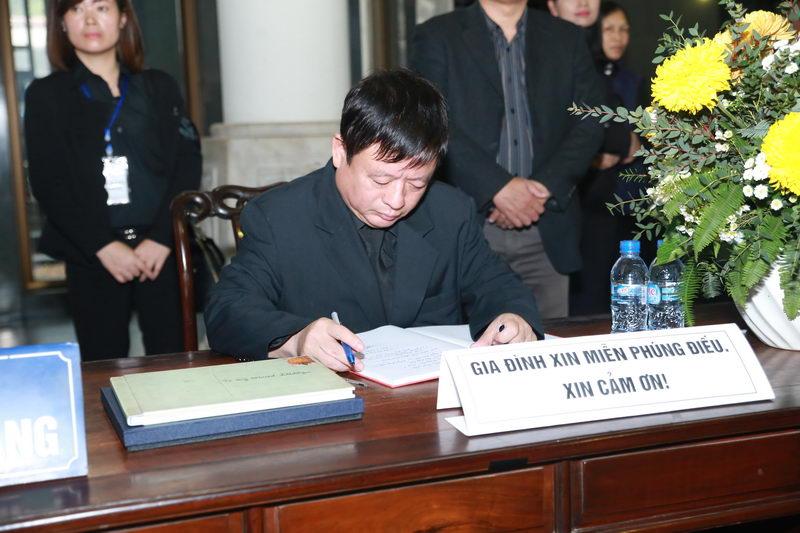Nhạc sỹ Đỗ Hồng Quân viết sổ tang chia tay vĩnh biệt nhạc sỹ Thanh Tùng