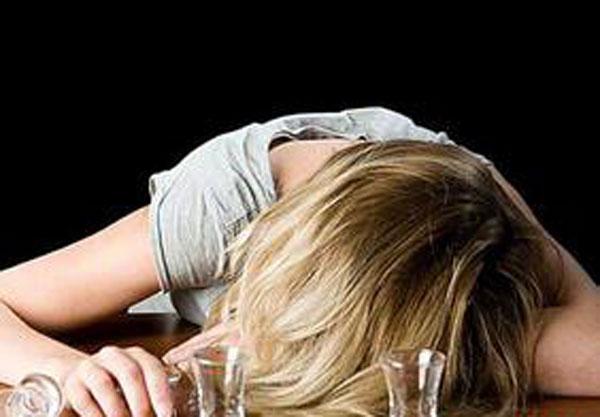 3 tư thế có thể lấy đi tính mạng người say rượu