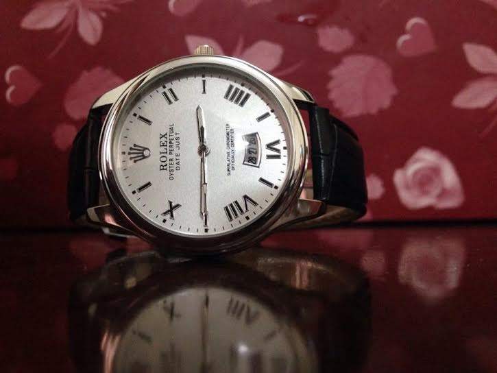 Nếm 'quả đắng' vì đồng hồ Rolex nhái