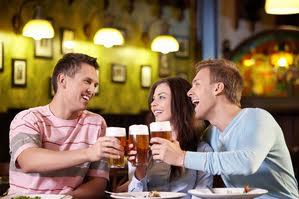 Rượu làm tăng nguy cơ ung thư vú