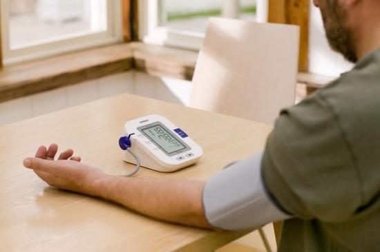 Nên tham vấn bác sỹ khi cần thiết, không nên lạm dụng các thiết bị y tế tại nhà