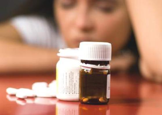 Chuyên gia y tế khuyên: Tránh lạm dụng thuốc bổ não