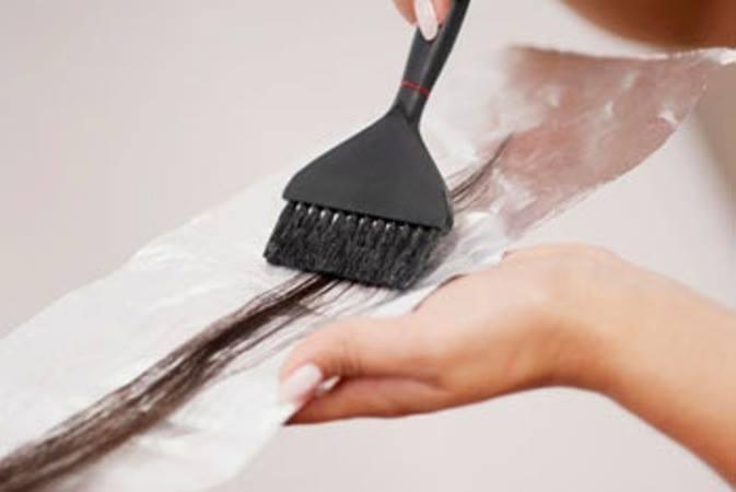 Nếu sử dụng thuốc nhuộm tóc kém chất lượng sẽ gây hậu quả khôn lường cho sức khỏe