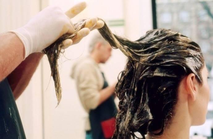 Nhuộm tóc là nhu cầu làm đẹp của nhiều phụ nữ