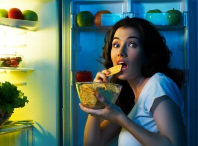 10 thực phẩm nên tránh trước khi ngủ