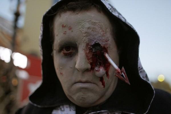 Mặt nạ rơn người cho ngày Halloween