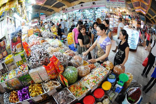 Bánh kẹo tết không nhãn mác tràn ngập thị trường