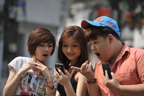 Người tiêu dùng sốc với việc nhà mạng tăng giá cước 3G