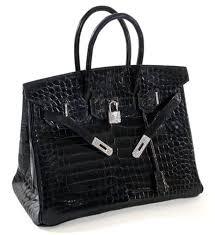 Túi xách có giá tới 2 tỷ đồng