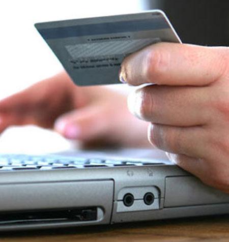 Thanh toán bằng thẻ ATM cũng ẩn chứa nhiều rủi ro
