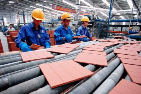 Nhiều vật liệu xây dựng ế khách mua