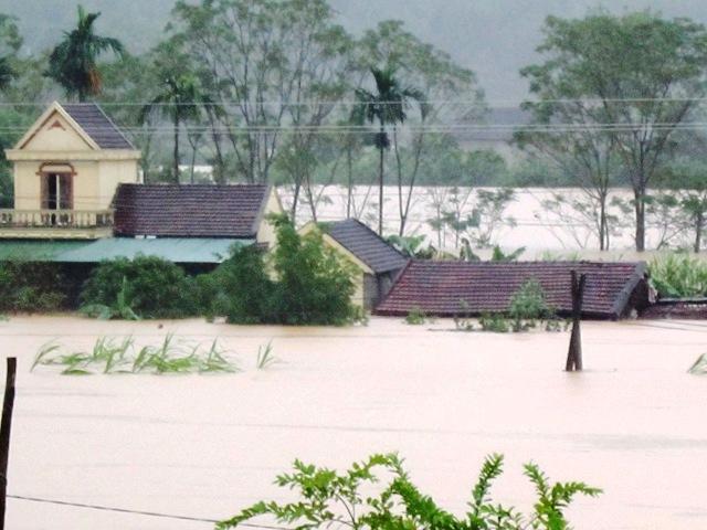 nước lũ tại Nghệ AN, hà tĩnh sẽ tiếp tục dâng cao nguy hiểm