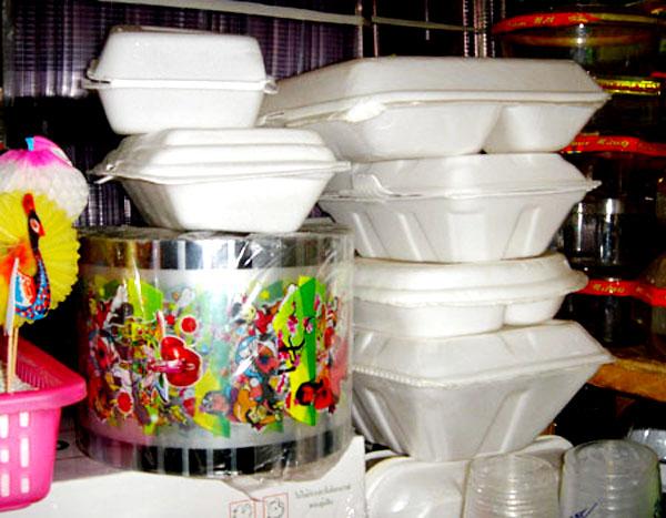 Vỏ cơ hộp tái chế từ nhựa bẩn vô cùng độc hại