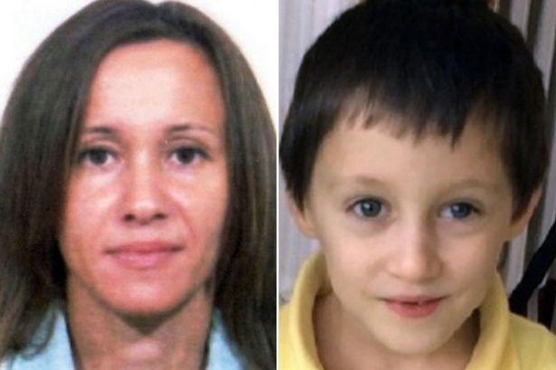 Cảnh sát tình nghi người yêu của mẹ cậu bé chính là thủ phạm đứng sau ha vụ án mạng nghiêm trọng. Ảnh Mirror
