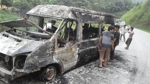Vụ cháy xe khách diễn ra trong khoảng 15 phút