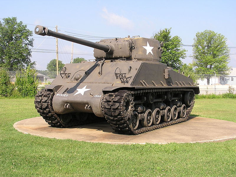 Vũ khí quân sự xe tăng Sherman M4 là niềm tự hào của quân đội Mỹ trong Thế Chiến thứ II