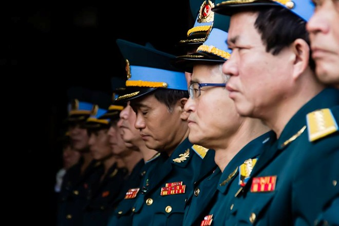 Lễ truy điệu 4 chiến sĩ hi sinh trong vụ rơi trực thăng đã được tổ chức tại Nhà tang lễ Bộ quốc phòng