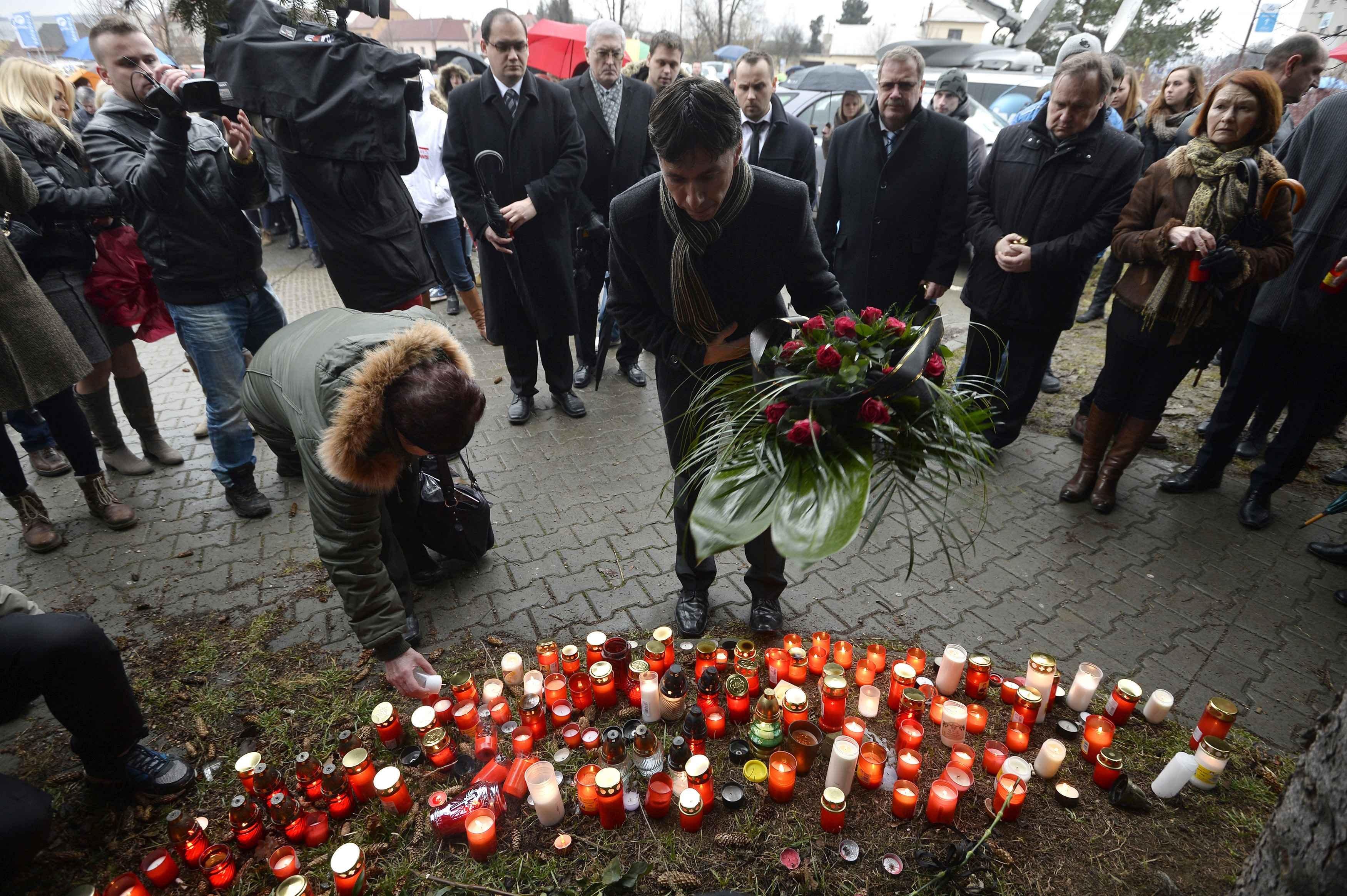 Vụ tấn công nói này đã khiến 17.000 dân của thị trấn nhỏ Uhersky Brod bị sốc.