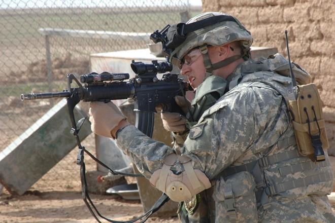 Súng trường M4A1 là loại vũ khí quân sự sẽ thay thế M16 trong biên chế quân đội Mỹ