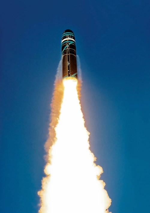 Tên lửa M51 là thứ vũ khí quân sự có khả năng tác chiến vượt trội