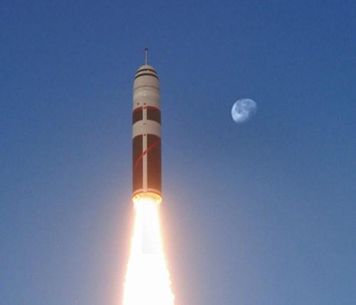 Tên lửa đạn đạo M51 là thứ vũ khí quân sự được mệnh danh là 'nắm đấm hạt nhân' của Pháp