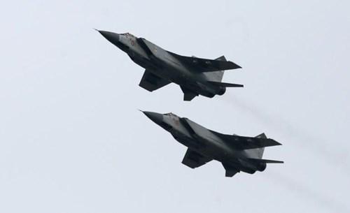 Vũ khí quân sự MiG-31 được mệnh danh là tiêm kích đánh chặn nhanh nhất thế giới