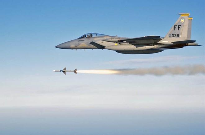 F-15 được trang bị khá nhiều dạng vũ khí quân sự