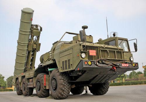 Tên lửa S-300 góp mặt trong số những vũ khí Quân sự Việt Nam tối tân nhất