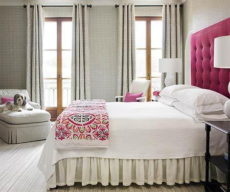 Phối màu phòng ngủ thơ mộng với xám bồ câu và sắc hồng tulip