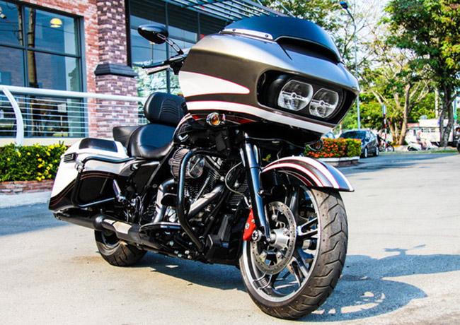 Xe Harley-Davidson Road Glice® Special bản tiêu chuẩn được phân phối chính hãng với giá bán từ 1 tỷ đồng