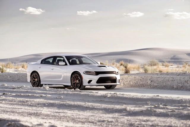 Xe oto chạy nhanh nhất thế giới của Dodge đã trải qua những sửa đổi mạnh mẽ để phù hợp với tốc độ siêu nhanh của mình