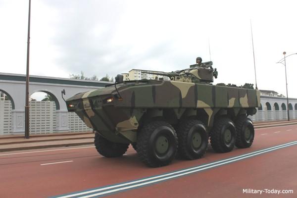 AV8 là một trong những chiếc xe bọc thép khủng nhất thế giới với tầm hoạt động rộng