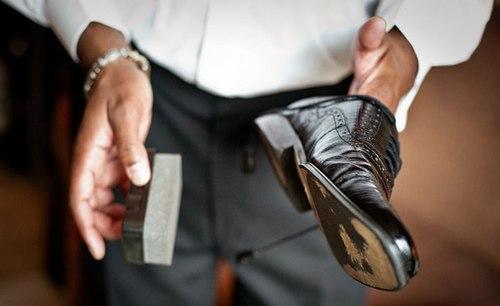 Hóa chất trong xi đánh giày có thể gây ung thư
