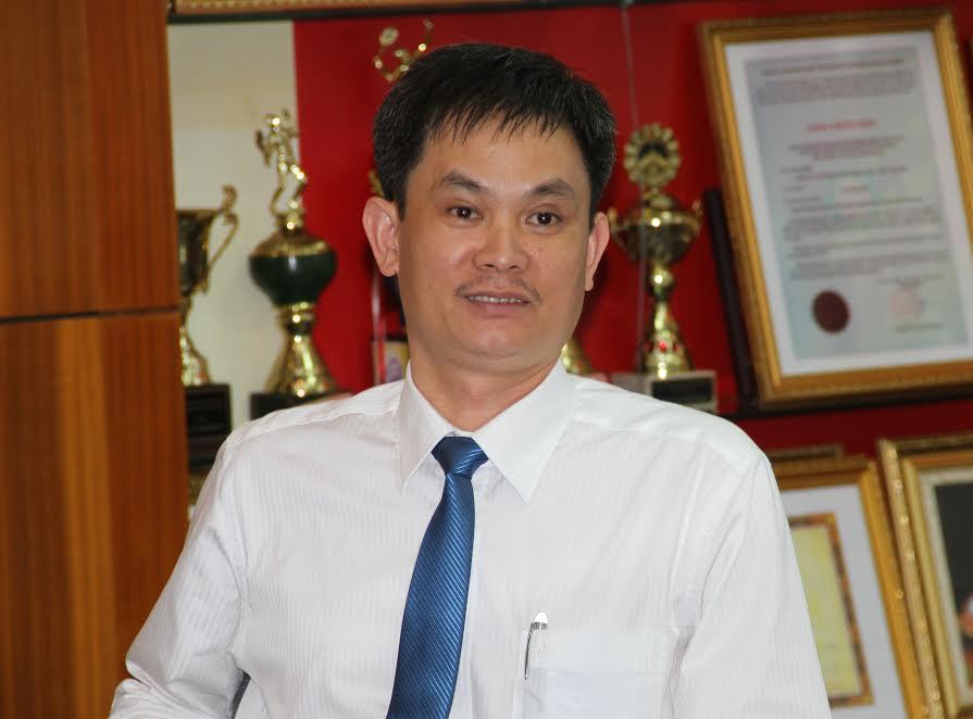 Ông Nguyễn Hữu Thể Phó TGĐ Cty Cổ phần sản xuất Thép Việt Đức