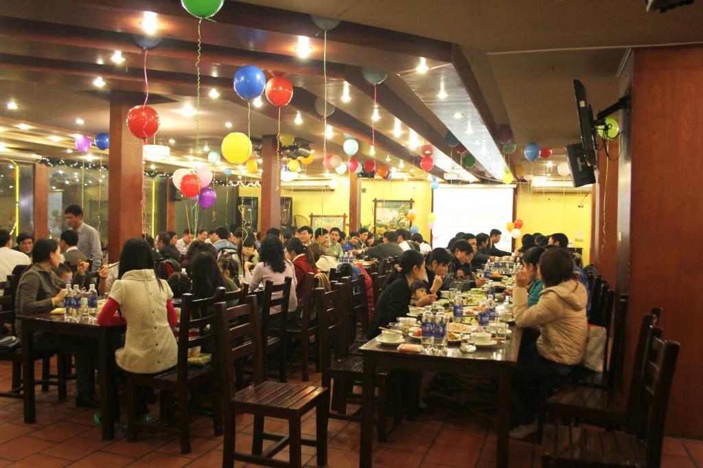 Kỳ nghỉ lễ 30/4 và 1/5: Nhà hàng, công ty du lịch được dịp 'hốt bạc'